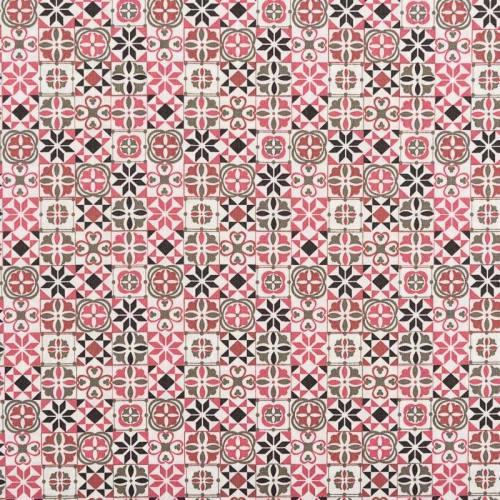 Popeline de coton motif carreau de ciment rose