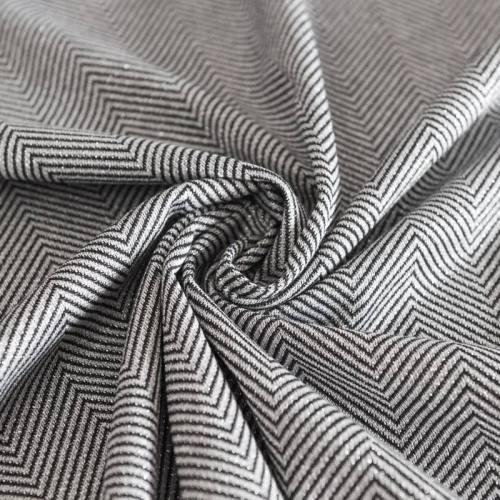 Maille grise fil métallisé chevrons
