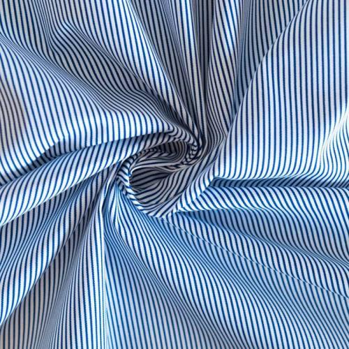Coton blanc à fines rayures bleu marine