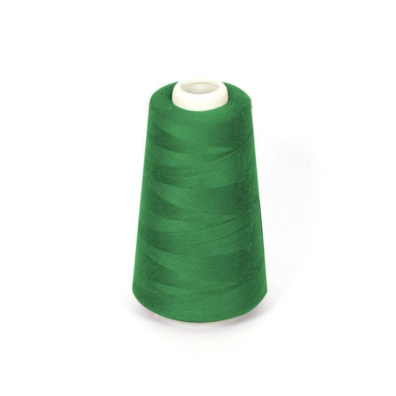 Cône de fil à surfiler et à coudre vert