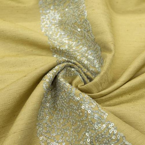 Tissu jaune vanille bandes de petits sequins argentés
