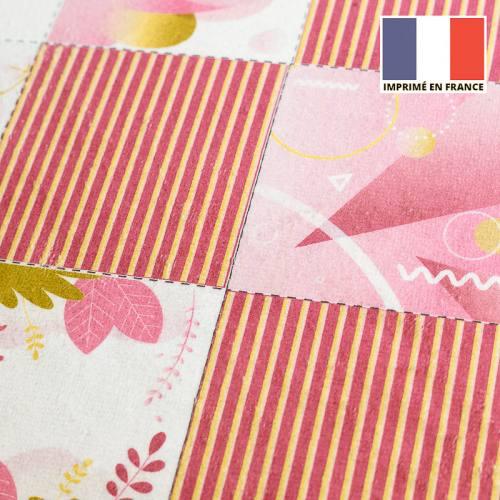 Coupon éponge pour lingettes démaquillantes motif géo-pop rose