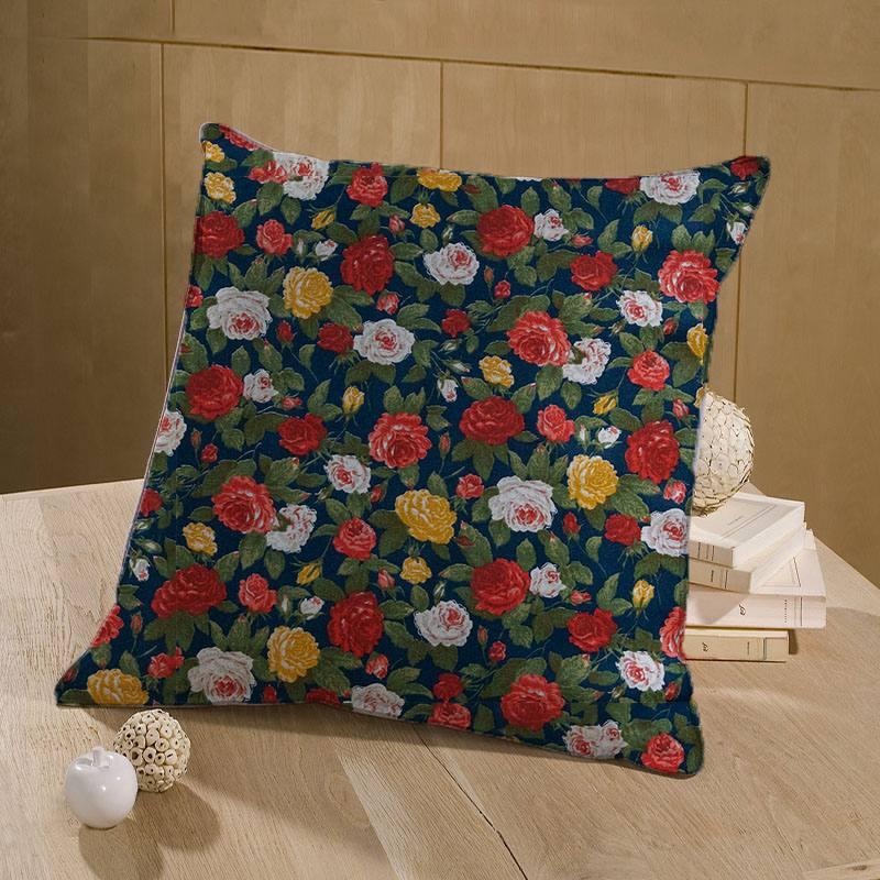 Coton bleu marine imprimé de roses rouges blanches et jaunes