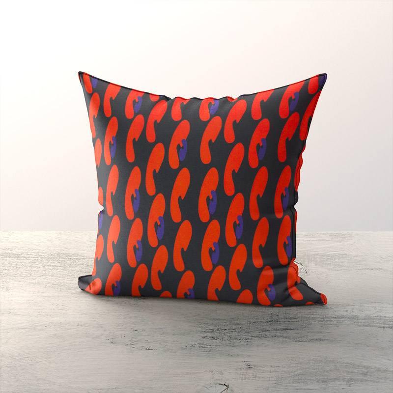 Velours ras noir motif formes abstraites arrondies rouges et bleues