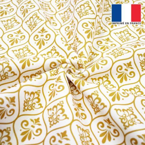 Velours ras écru motif ornements baroques jaune or