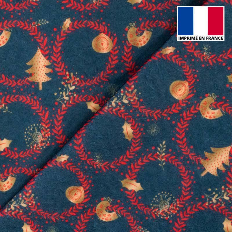 Feutrine bleue motif couronne de Noël rouge