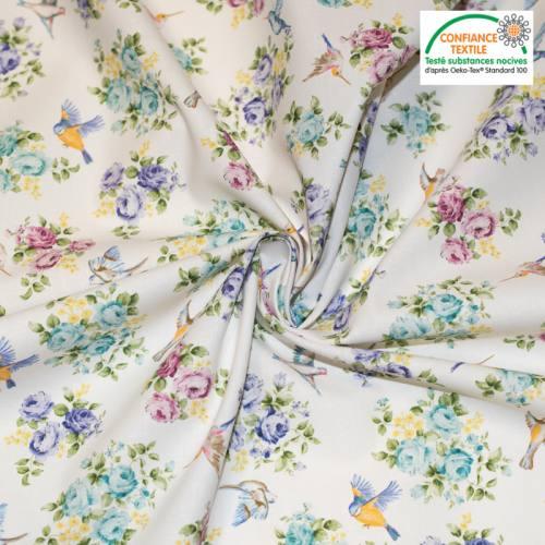 Coton écru motif petit oiseau et roses colorées