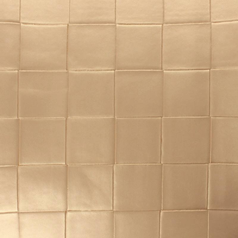 Coupon 50x68 cm - Simili nacré couleur beige à carreaux en relief