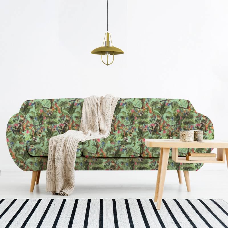 Velours ras vert d'eau motif animaux des bois