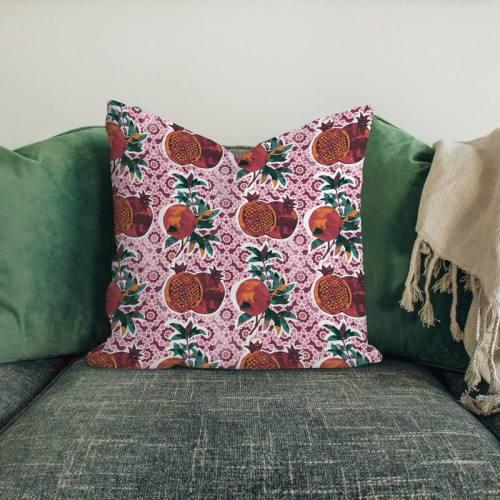 Grenade et céramique - Fond rose