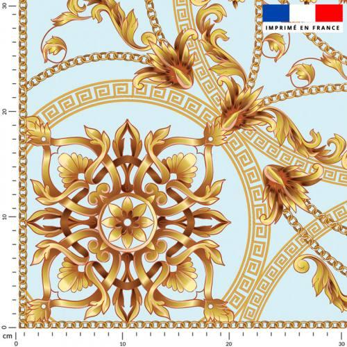 Foulard et arabesque dorés - Fond bleu pastel