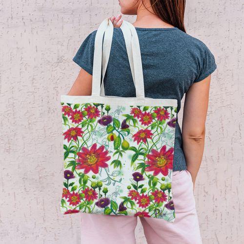 Coupon 45x45 cm écru motif flowers rouges - Création Pilar Berrio