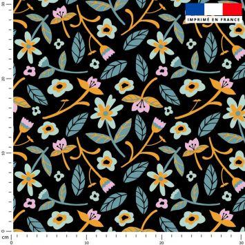 Fleurs et tige - Fond noir - Création Julia Amorós