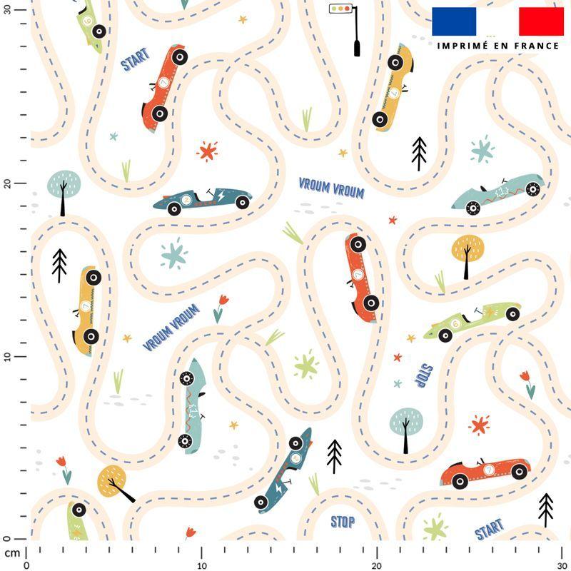 Circuit de voitures - Fond blanc