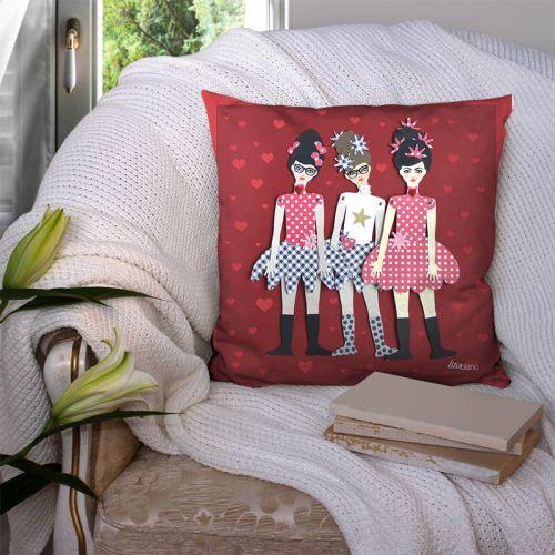 Coupon 45x45 cm motif poupée rétro rouge - Création Lita Blanc