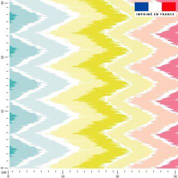 coupon - Coupon 180cm - Tissu imperméable motif chevron rose jaune vert - Tissu imperméable 300gr/m² - 150 cm