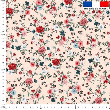 Petites fleurs champêtres rouges - Fond rose clair