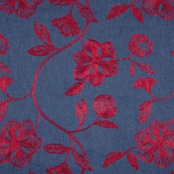 coupon - Coupon 30cm - Tissu jean brodé fleurs rouges