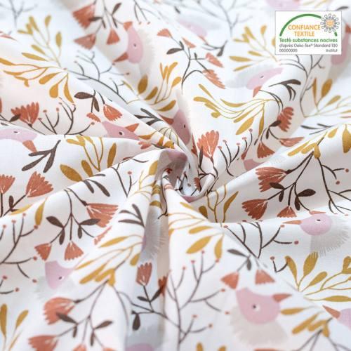 Coton blanc imprimé plante et oiseau ocre et marron hygge