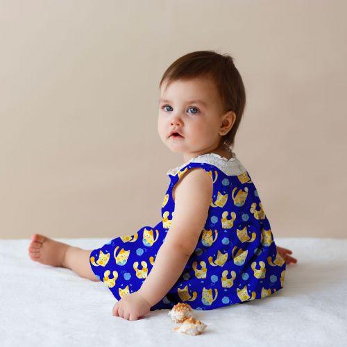 Chaton jaune pelote bleue - Fond bleu foncé