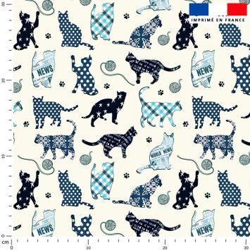 Chat bleu fantaisie - Fond blanc cassé