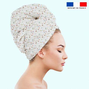 Coupon éponge pour serviette turban cheveux motif tiles gris - Création Anne Clmt