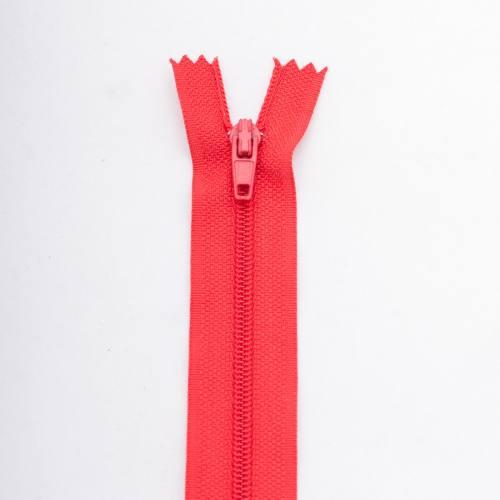 Fermeture 20 cm polyester non séparable rouge col 113