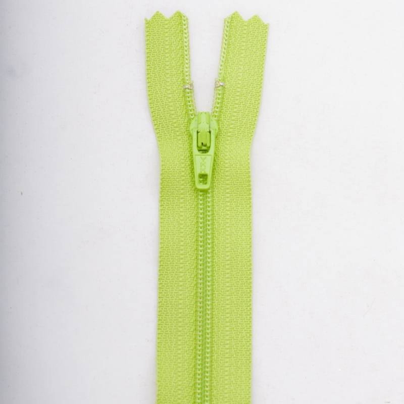 Fermeture 12 cm Polyester non séparable vert col 177