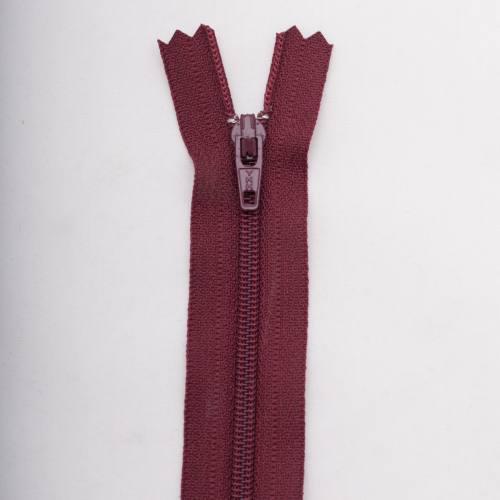 Fermeture 18 cm polyester non séparable bordeaux Col 116