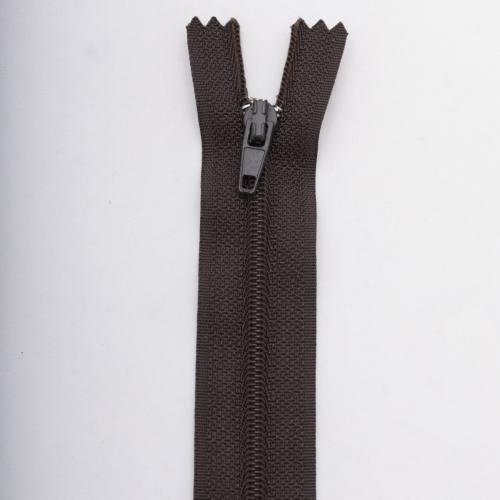 Fermeture 18 cm polyester non séparable marron Col 161