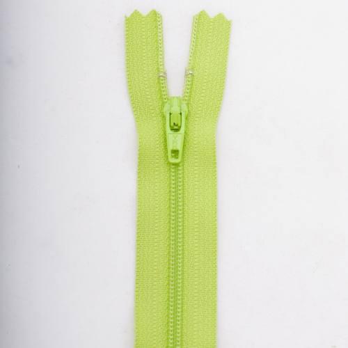 Fermeture 60 cm Polyester non séparable vert col 177