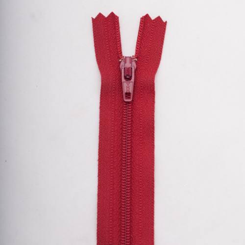 Fermeture 12 cm polyester non séparable bordeaux Col 114