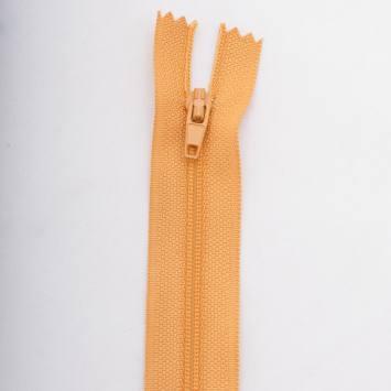 Fermeture 12 cm polyester non séparable jaune Col 108