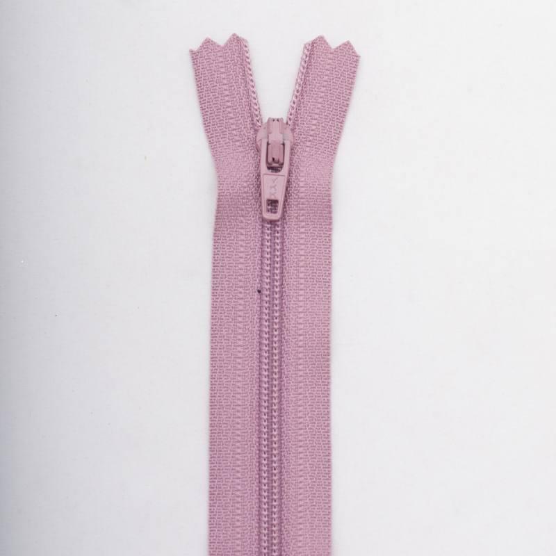 Fermeture 18 cm polyester non séparable rose Col 126
