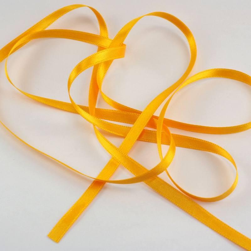 Ruban satin double face jaune blé 6 mm