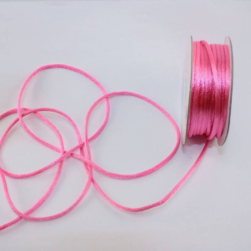 Cordelette en bobine rose 2 mm