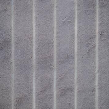 Fausse fourrure grise à relief
