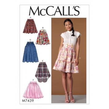 Patron Mc Call's M7439 : jupes et ceinture pour jeune femme 42-50