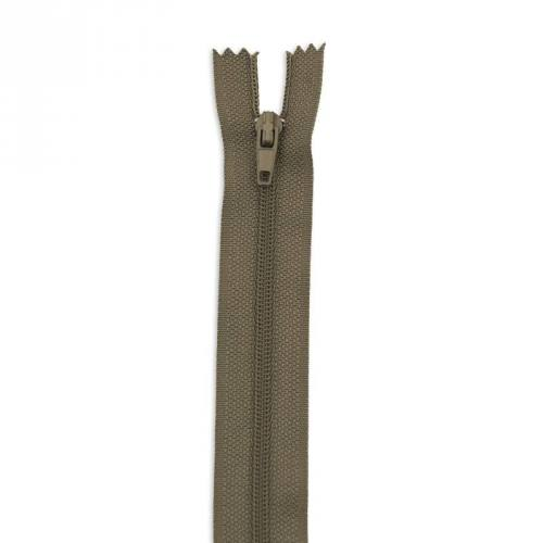 Fermeture 45 cm polyester non séparable kaki col 150