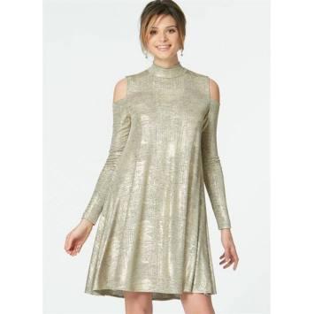 Patron McCall's M7622 : Robes pour jeune femme 34-42